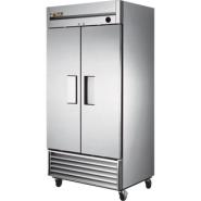 True Upright 2 Door Freezer 991 Ltr